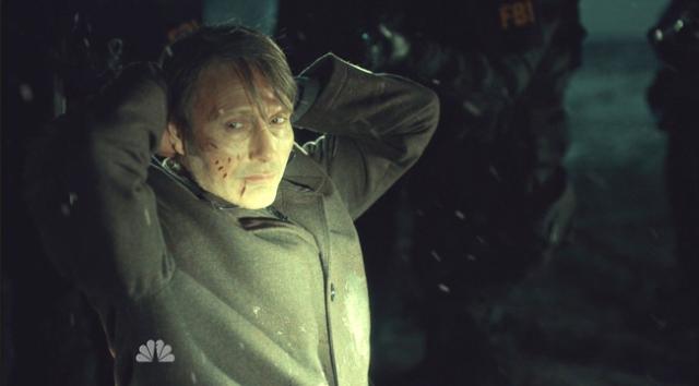 Hannibal-surrenders-3x07-Digestivo.bmp